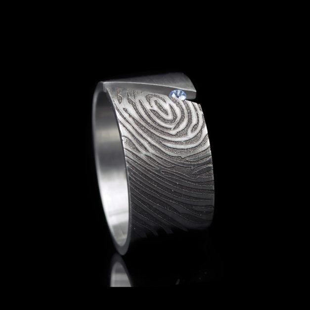 Unieke ring met vingerafdruk