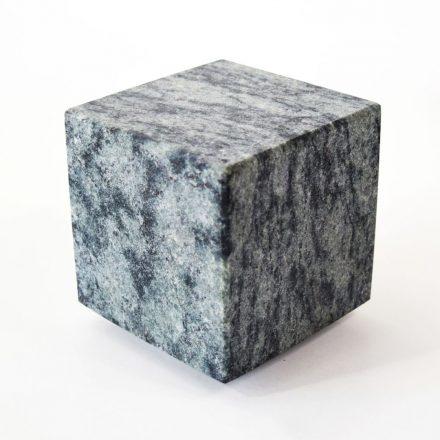 Atos naruursteen urnen