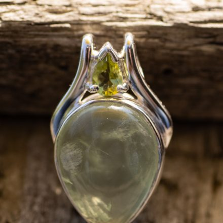 ZIlveren hanger met edelsteen