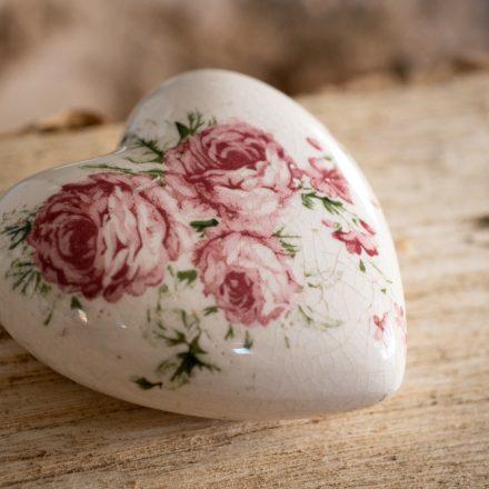 Kleine hart urn